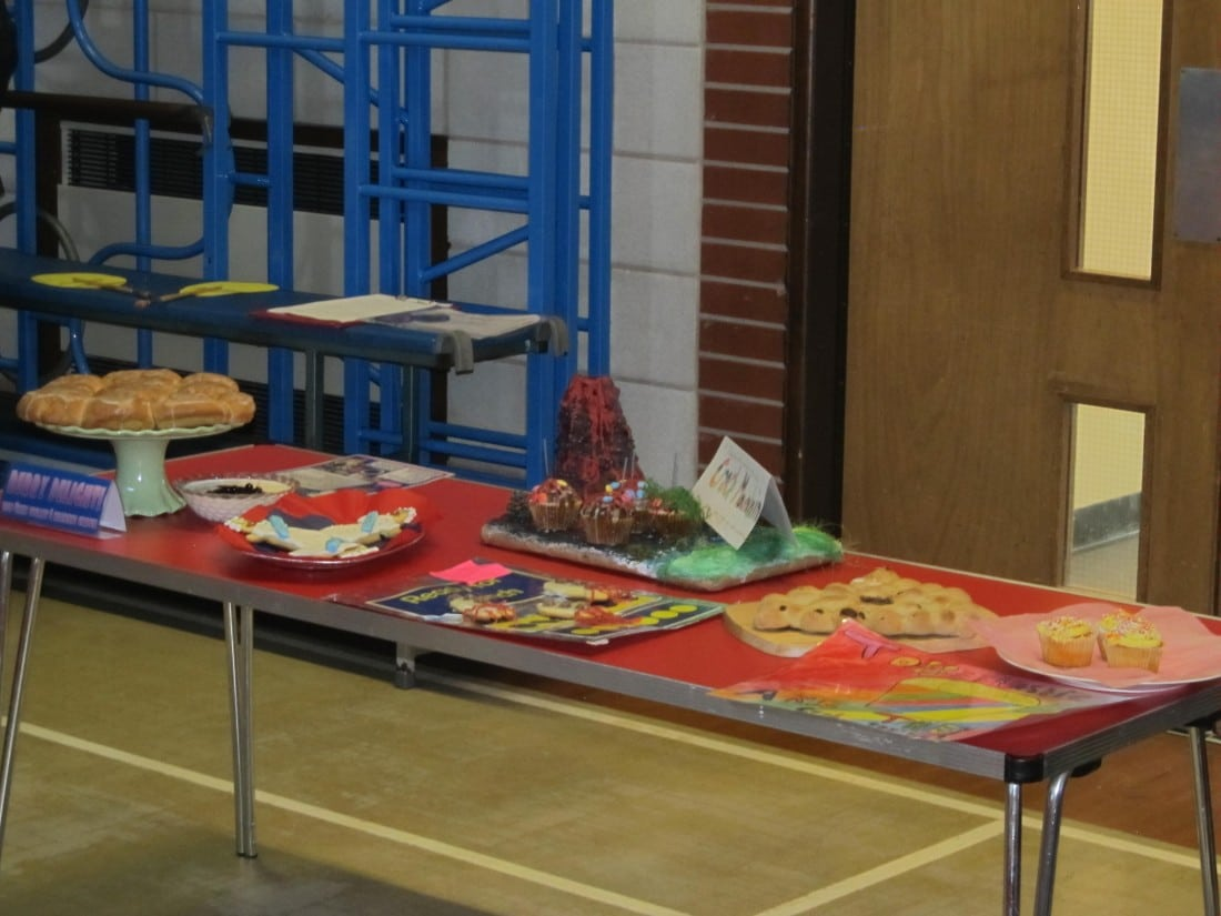 Cake Decorating Course Hackney : Boothferry Bake Off 2015 - Boothferry Primary School
